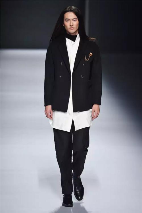 广东省服装服饰行业协会,广东省服装设计师协会各位副会长及理事代表