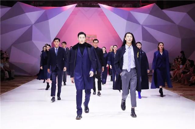 年度精锐榜|2019电玩棋牌大厅纺织服装行业十大优势引得了零散品牌
