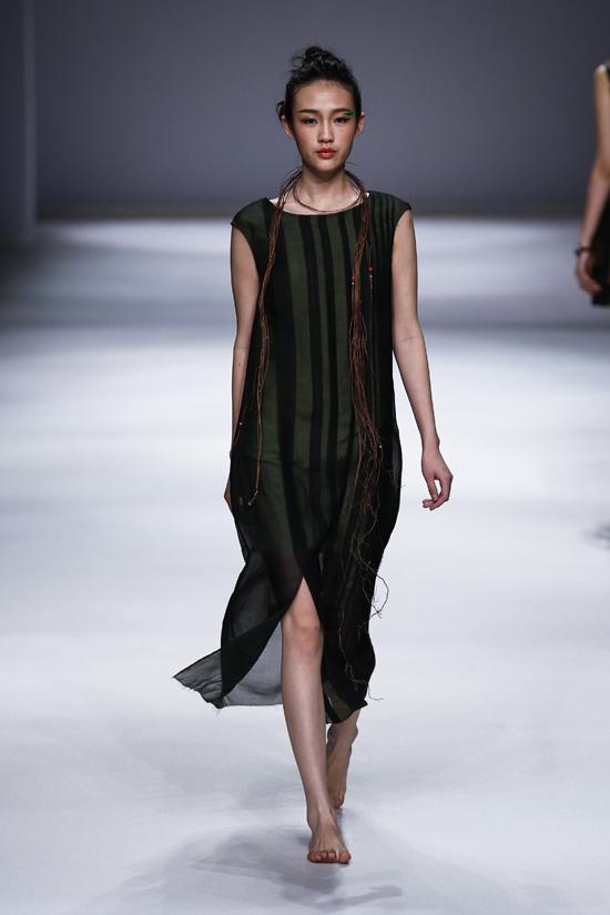 """梁子的服装品牌天意tangy及天意高端""""tangy collection""""的产品设计图片"""